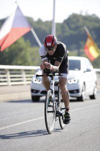 Ironman 70.3 Vichy France 2019 - bike over the bridge