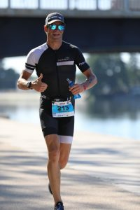 Ironman 70.3 Vichy France 2019 - running along the Allier river