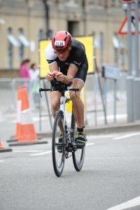 London Westminster Triathlon 2019 - Hammering on the bike
