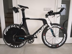 Cervelo P3 triathlon bike with Edco and Fast Forward carbon wheels