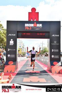 Ironman 70.3 Les Sables d'Olonne 2020 - Crossing the finish line