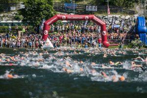 Challenge Walchsee swim start in the Walchsee lake